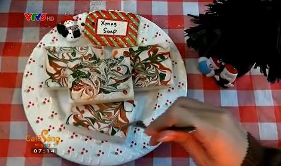 Xà phòng Giáng sinh đẹp mắt không khác gì một miếng bánh ngọt.