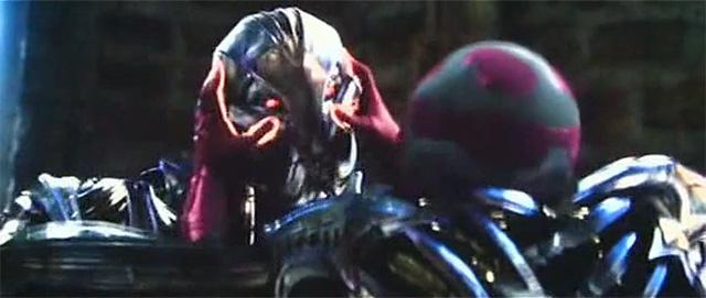 Vision chạm trán với Ultron