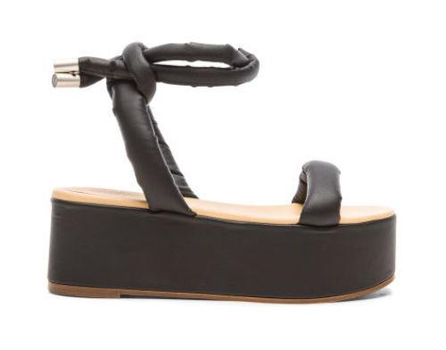 Sandals da lạ mắt của Maison Margiela