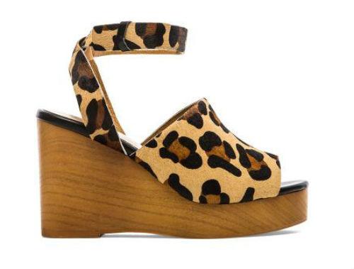 Họa tiết da báo còn xuất hiện trong thiết kế giầy mới của Soles x Skin