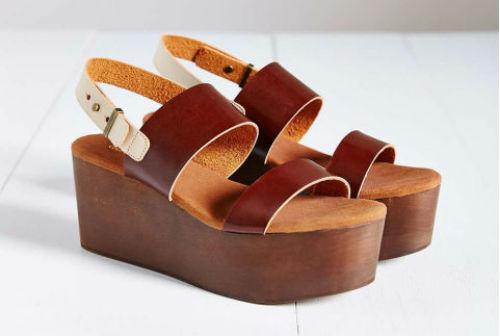 Mẫu giầy, dép đế xuồng năm nay còn có sandals da đế gỗ