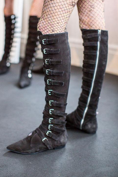 Boots da lộn cao cổ mẫu mới của Giamba.