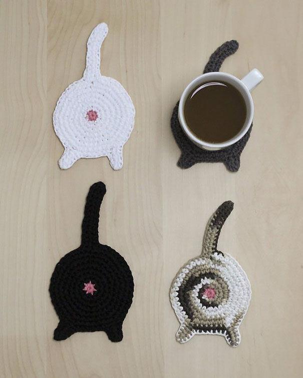 Những chiếc lót cốc hình mèo lạ mắt