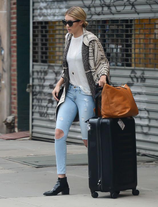 Frame cũng là một trong những thương hiệu quần jeans khác mà Gigi ưa chuộng.