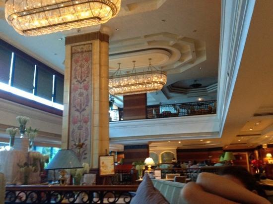 Nhiều đoàn thể thao cũng lựa chọn khách sạn này làm nơi đóng quân khi thi đấu ở Bangkok.