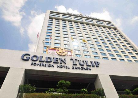 Khách sạn Golden Tulip Sovereign nằm ở đường Rama 9, Huay Kwang, Bangkok.