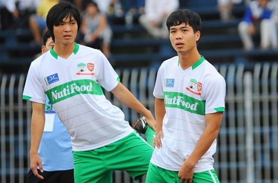 Công Phượng sẽ có trận đấu chính thức đầu tiên tại V League 2015