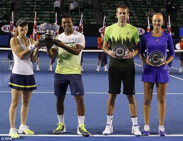 Cặp đôi Hingis - Paes đã biến cặp Mladenovic - Nestor trở thành cựu vô địch.