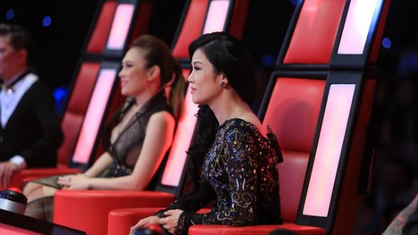 Thu Phương bất ngờ ngồi ghế nóng Giọng hát Việt 2015
