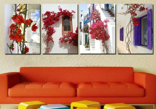 Bên cạnh đó, tranh, ảnh là vật dụng cần thiết tạo nét đẹp nghệ thuật cho ngôi nhà.