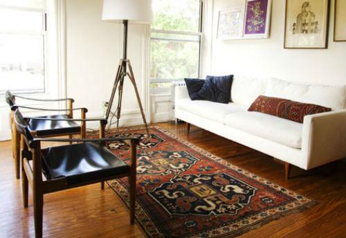 Thảm dệt với họa tiết trang trí độc đáo cũng rất cần trong ngôi nhà của bạn.