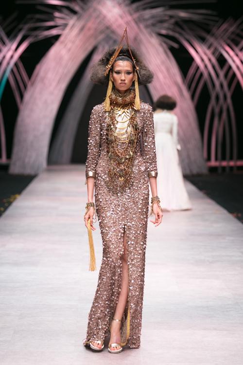 Hồng Xuân là nhân vật luôn gây tranh cãi và tạo nên sức hút cho chương trình Vietnams Next Top Model mùa giải năm nay