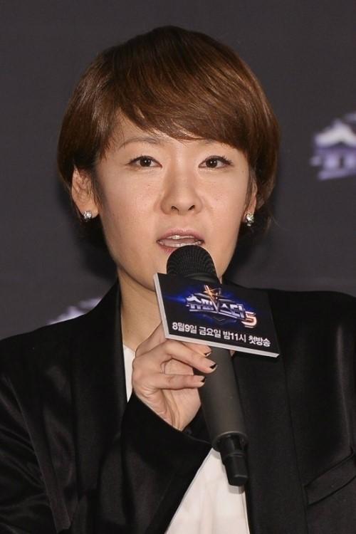 Đạo diễn Lee Seon Young
