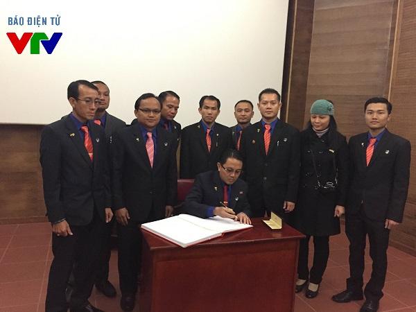Thành đoàn Viêng Chăn - Lào cùng Thành đoàn Hà Nội kí kết biện bản ghi nhớ hợp tác