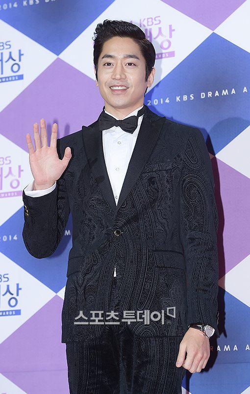 Thành viên nhóm nhạc Shinhwa - Eric Moon