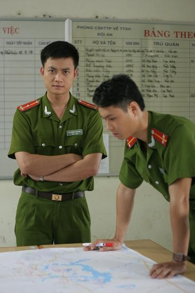 Đúng lúc này, Phong và các đồng đội lại phải đối đầu với một vụ án mới có mức độ nghiêm trọng và tinh vi hơn.
