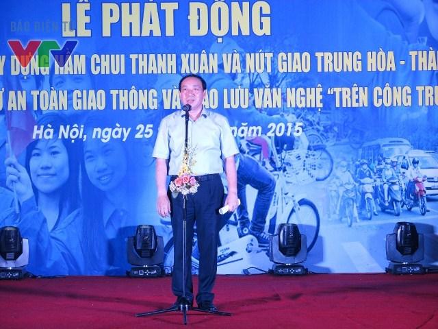 Thứ trưởng Bộ Giao thông vận tải Nguyễn Hồng Trường phát biểu tại lễ phát động thi đua 4 nhất - dự án hầm chui Thanh Xuân.