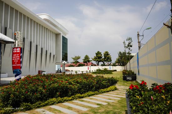 Sau 22 tháng xây dựng, một trường quay lớn có diện tích 1.400m2, tòa nhà 4 tầng có diện tích gần 2.400m2 và nhà kỹ thuật 4 tầngđã được hoàn thành