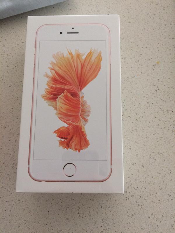 Vỏ hộp của iPhone 6S màu Rose Gold