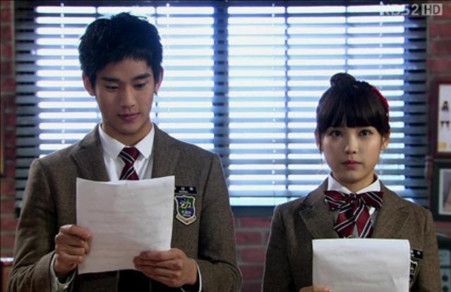 Kim Soo Hyun và IU trong phim Dream High.