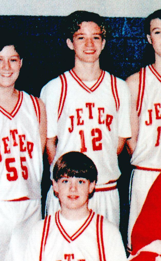 Trước khi bỏ bùa các cô gái với tư cách là một mẩu của NSYNC, Justin Timberlake từng có mái tóc mì tôm và khuôn mặt búng ra sữa như trong ảnh
