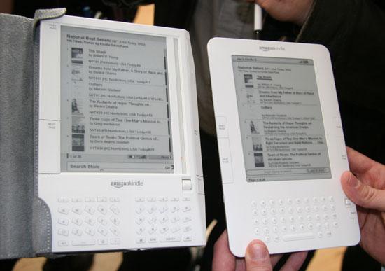 19/11/2007, Amazon ra mắt máy đọc sách Kindle thế hệ đầu tiên.