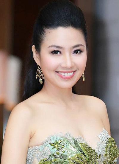 Sau phim điện ảnh Ngày nảy ngày nay, Lê Khánh gần như chỉ tập trung cho công việc diễn xuất ở lĩnh vực sân khấu và truyền hình