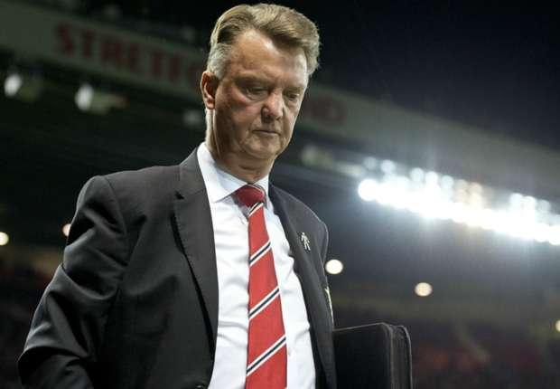 HLV Van Gaal mất điểm nghiêm trọng trong mắt CĐV Man Utd
