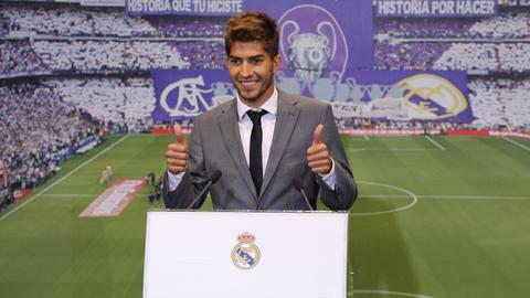 Tiền vệ trẻ Lucas Silva