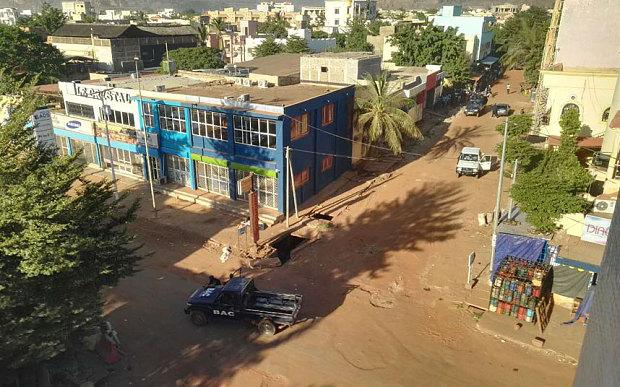 Lực lượng an ninh đã bao vây khu vực xung quanh khách sạn Radisson Blu