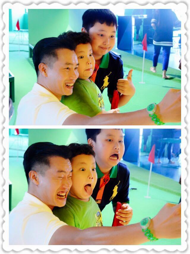 MC Hoa Thanh Tùng làm mặt xấu cùng bé Bi Béo - con trai Xuân Bắc và bé Heo - con trai của MC, BTV Quang Minh.