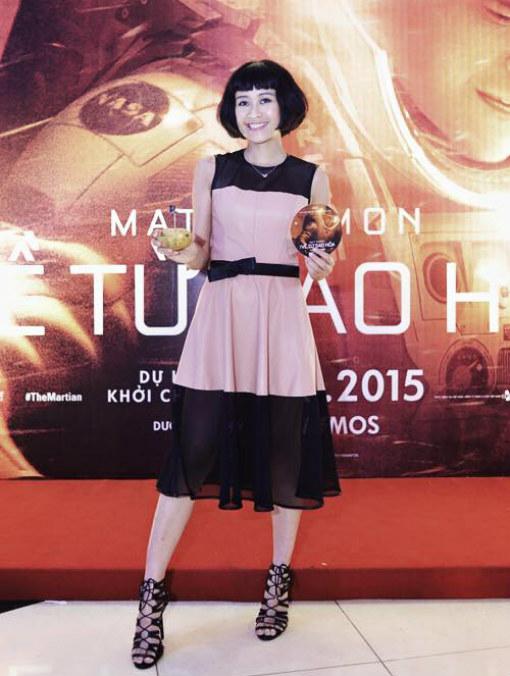 Với MC Phí Linh, cô là người dễ gần và yêu thích những gì đơn giản nhưng cá tính.