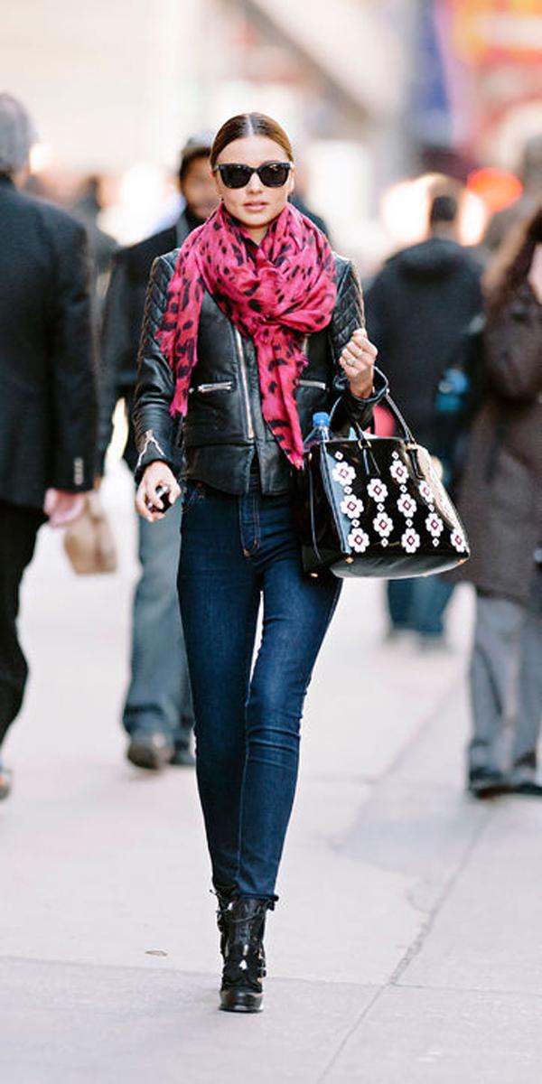 Miranda minh chứng cho nhiều tín đồ thời trang thấy rằng, với cùng kiểu quần áo nhưng có thể diện thành nhiều style khác nhau.