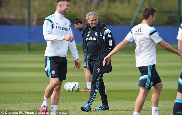 HLV Mourinho tin rằng, với Hazard và những cầu thủ ưng ý khác, Chelsea sẽ vô địch EPL.
