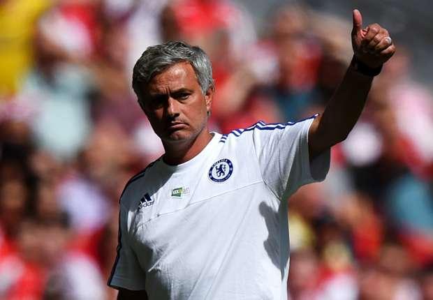HLV Mourinho có phen đau đầu ở vòng 3 EPL.
