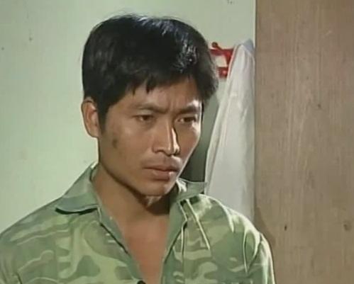 Diễn viên Quốc Tuấn trong vai trưởng thôn Kiên