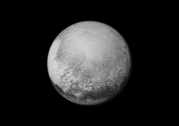Hình ảnh Sao Diêm Vương ghi lại từ tàu vũ trụ New Horizons
