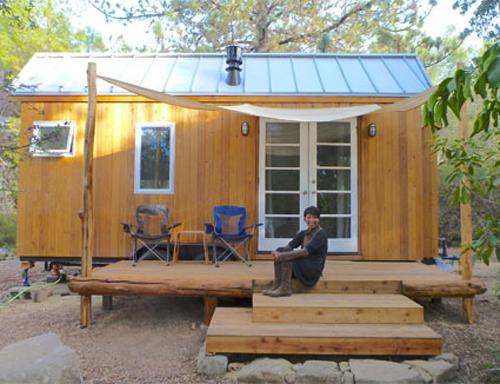 Ngôi nhà gỗ nhỏ xinh với không gian sinh hoạt tiện dụng trong 48m2.