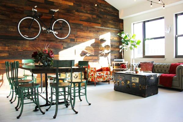Ngôi nhà có không gian mở, kết hợp giữa phong cách cổ điển và nét trẻ trung.