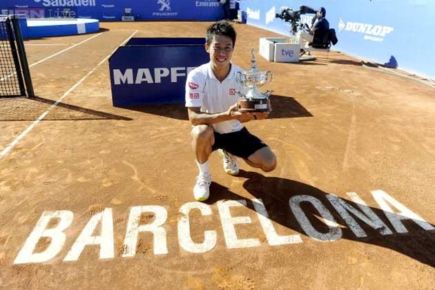 Kei Nishikori với chức vô địch Barcelona Open 2014.