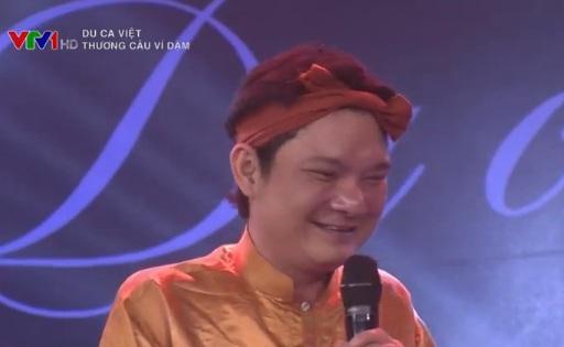 Nghệ sĩ Mai Trọng Kiên trong show diễn của Du ca Việt