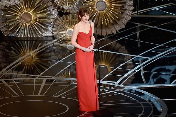 Nữ diễn viên của phim 50 sắc thái - Dakota Johnson.