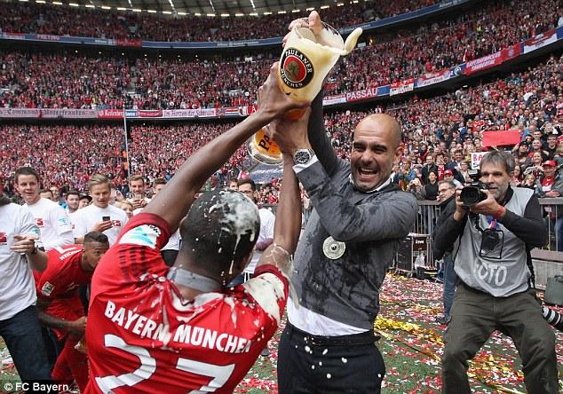 HLV Guardiola có vẻ hợp với triết lí bóng đá ở Man Utd.