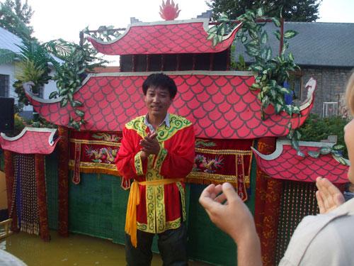 Nghệ sĩ Phan Thanh Liêm biểu diễn nhiều nước trên thế giới