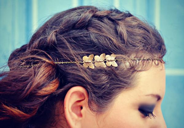 Phụ kiện hình bướm xinh cho những cô nàng ưa chuộng phong cách vintage.