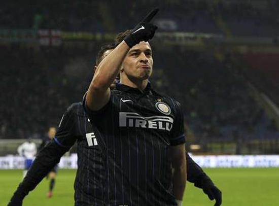 Tân binh Xherdan Shaqiri mở tỷ số cho Inter Milan