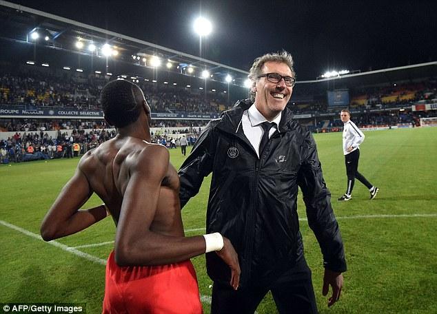 HLV Blanc khẳng định, ông vẫn sẽ tiếp tục gắn bó với PSG.
