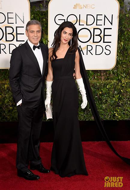 Người đàn ông hấp dẫn nhất hành tinh George Clooney và vợ mới cưới - nữ luật sự Amal Clooney. Đây là sự kiện lớn đầu tiên cặp đôi cùng nhau xuất hiện kể từ khi chính thức trở thành vợ chồng.  Xuất hiện trong sự kiện này, George mặc bộ tuxedo, sơ mi và cà vạt của Giorgio Armani. Trong khi đó, Amal sang trọng và quyến rũ với chiếc váy nằm trong BST cao cấp của Dior và trang sức của Harry Winston.