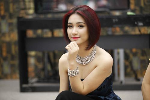 Hòa Minzy - Quán quân Học viện ngôi sao 2014