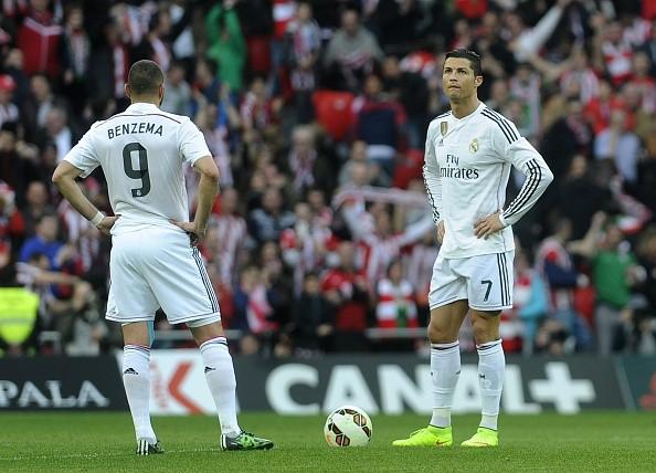 Ronaldo, Benzema và các đồng đội đang trải qua giai đoạn trồi sụt về phong độ.